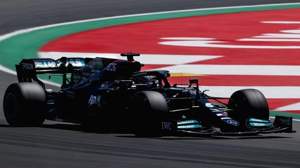 Lewis Hamilton, durante la carrera en Montmeló