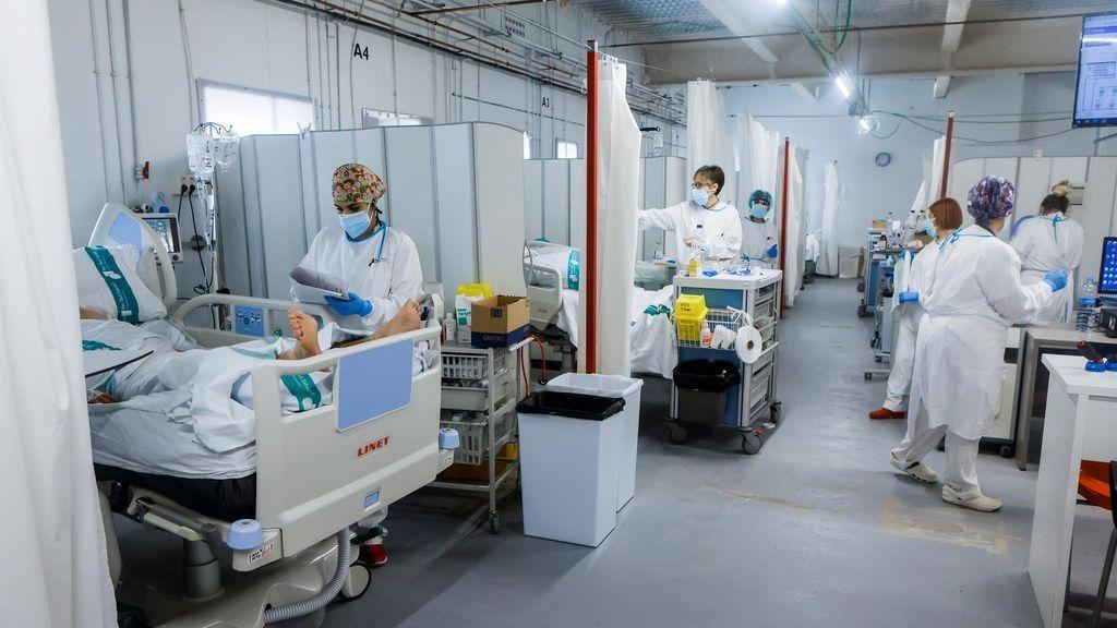 Personal sanitario del Hospital Parc Taulí de Sabadell (Barcelona)