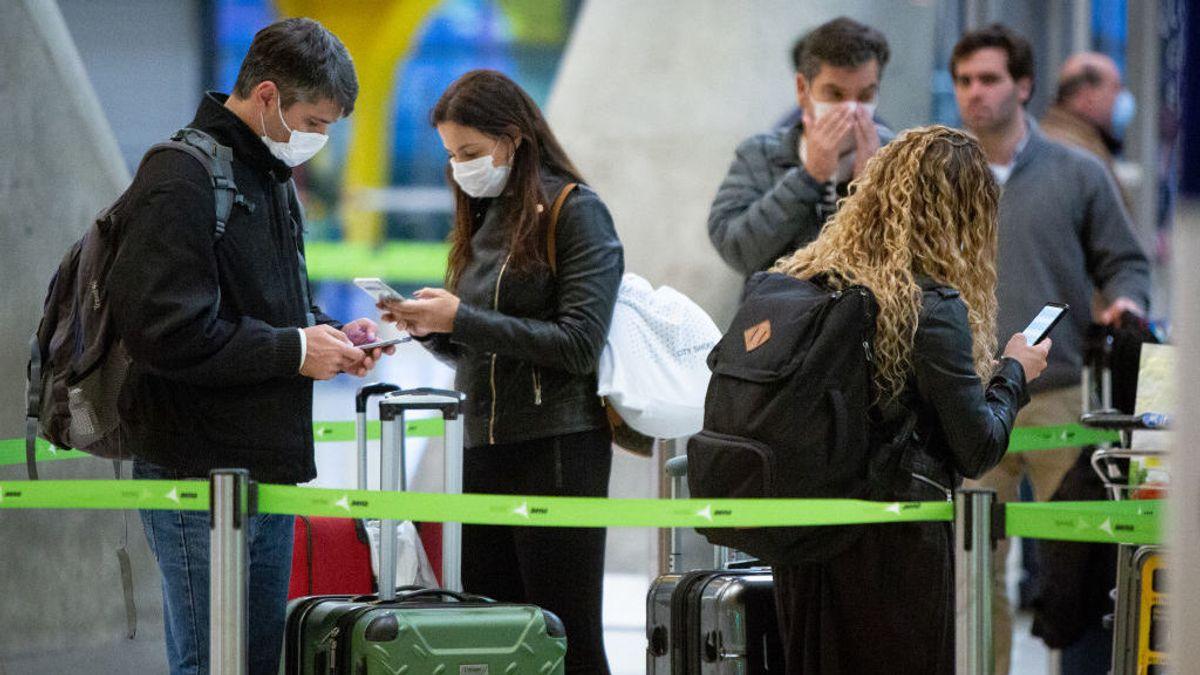 """España prevé la llegada de turistas británicos a partir del 20 de mayo: """"Podrían venir sin PCR"""""""