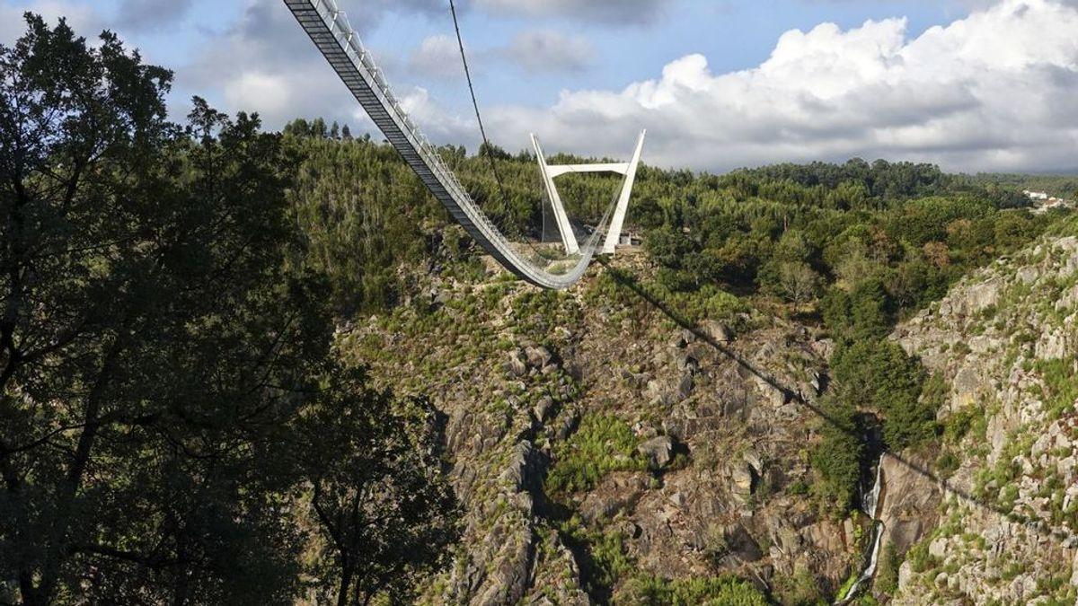 ¿Te atreverías a cruzarlo? Portugal inaugura el puente colgante más largo del mundo