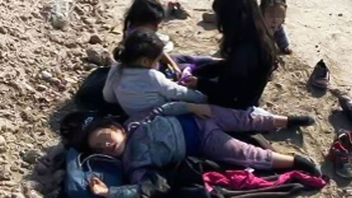 Un granjero de Texas encuentra a 4 niñas y un bebé abandonadas en el desierto