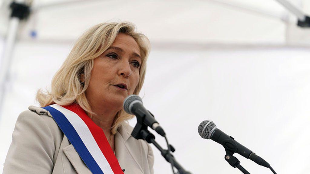 """Le Pen sigue siendo """"diabólica"""""""