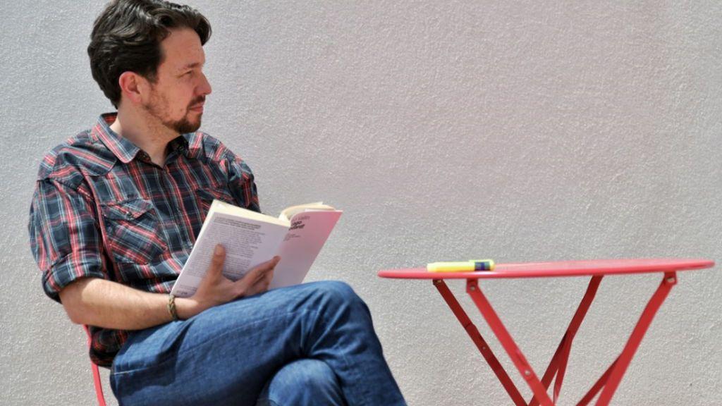 ¿Te gusta el cambio de 'look' de Pablo Iglesias? Participa en nuestra encuesta
