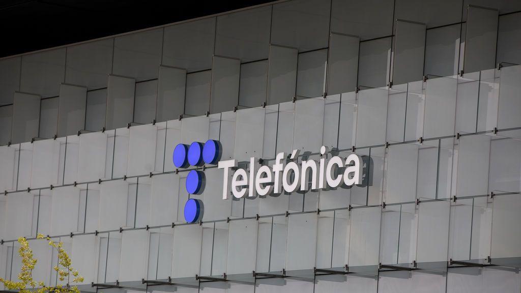 Telefónica obtiene un beneficio de 886 millones de euros en el primer trimestre, un 120% más que un año antes