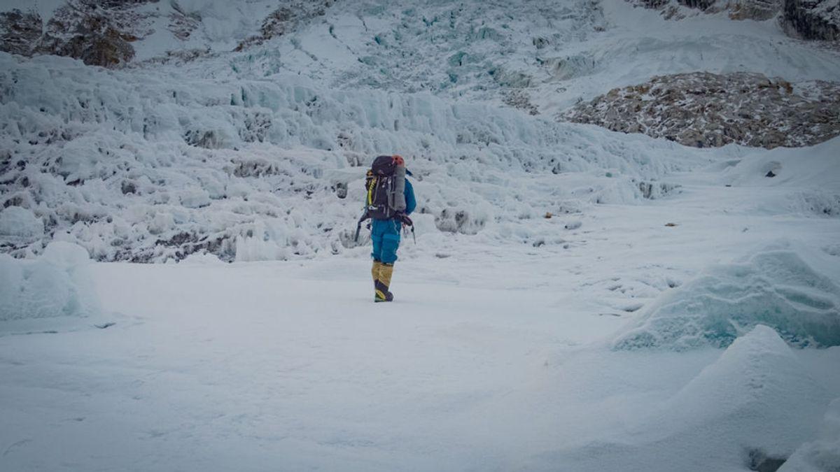 Mueren dos alpinistas que trataban de subir al Everest, las primeras víctimas de la temporada