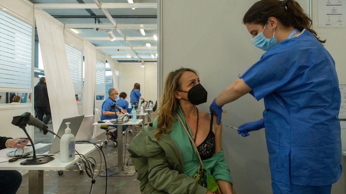 ¿Cuándo comenzará la vacunación a las personas de entre 40 y 50 años en cada comunidad?