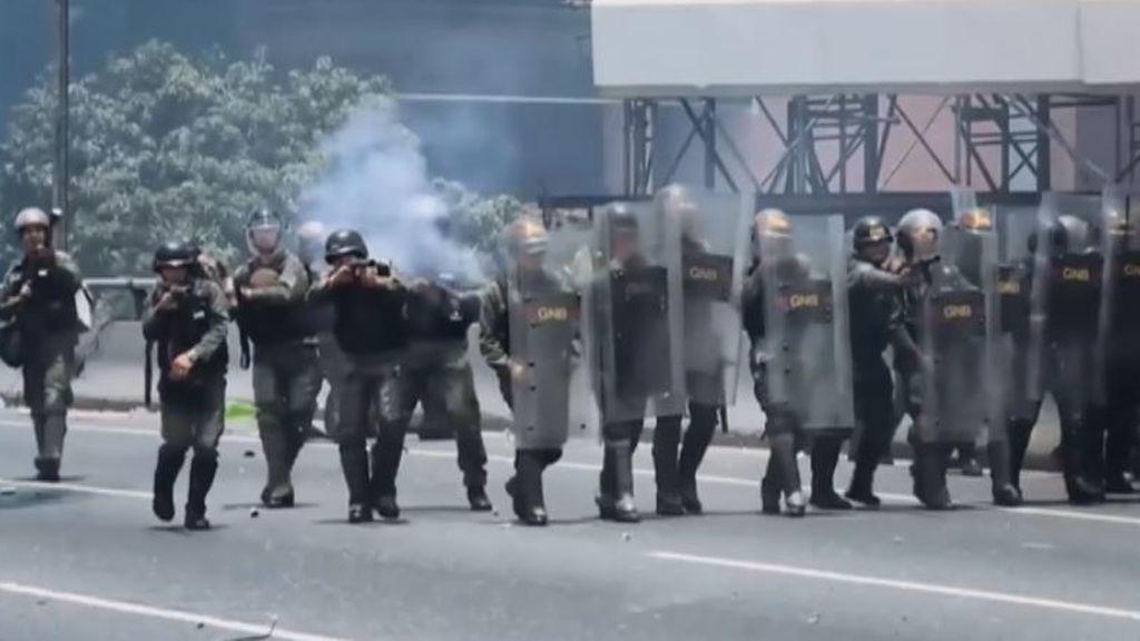 El estallido social en Venezuela que Maduro silencia mientras justifica en Colombia