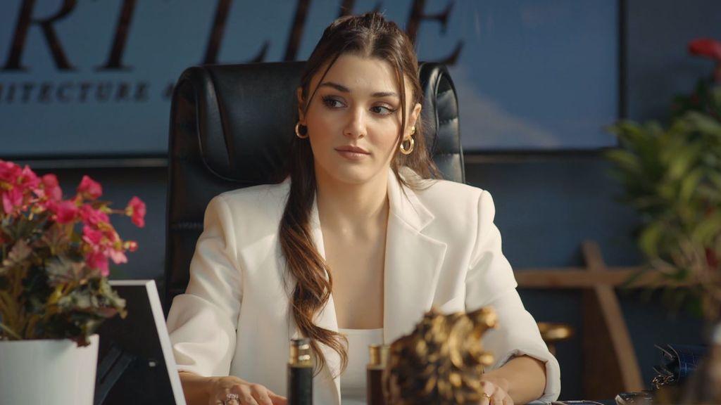 Eda está convencida de que Serkan regresará