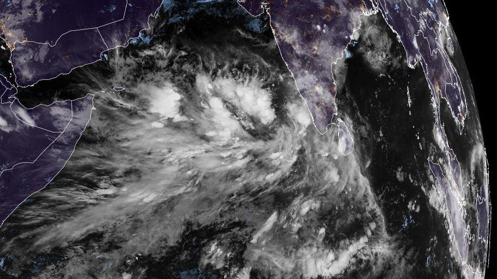 Pendientes del futuro ciclón Tauktae, con posibilidades de convertirse en un peligroso huracán