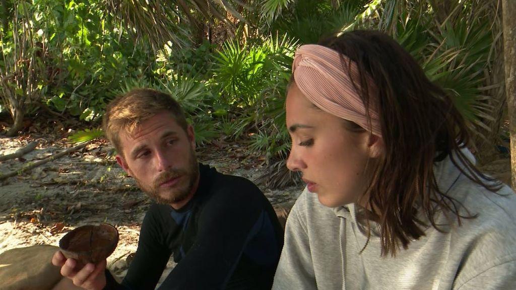 Sandra se molesta con la actitud de Melyssa en su llegada y se desahoga con Tom
