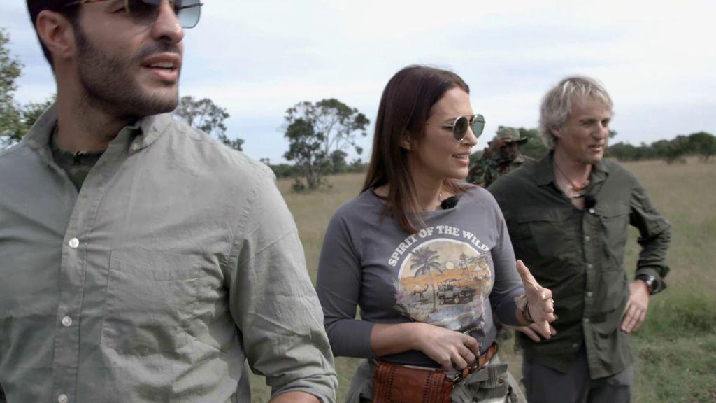Paula Echevarría y Jesús Calleja huyen al ver un búfalo en mitad de la sabana africana