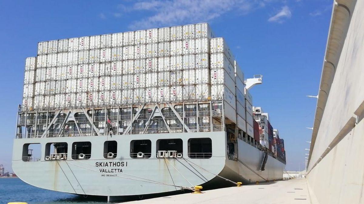 Sanidad detecta la cepa india en los siete tripulantes de uno de los barcos confinados en el puerto de Valencia