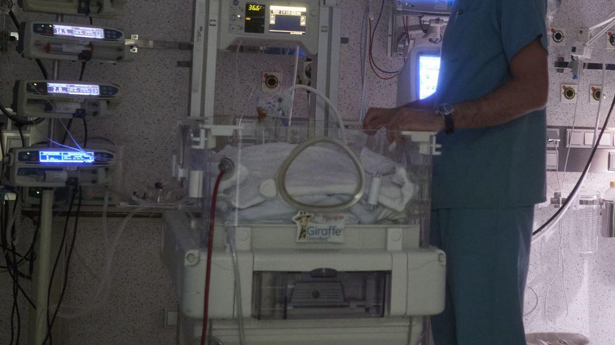 Muere un bebé de cuatro meses por covid-19 en Canarias con una grave patología previa