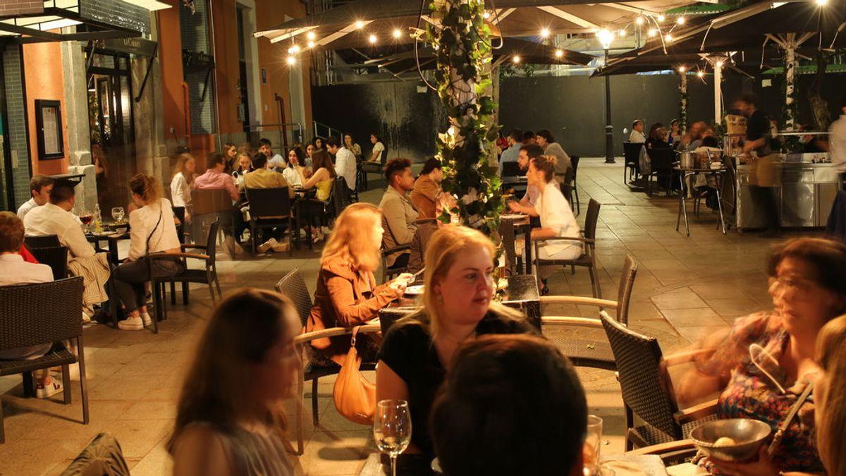 20 restaurantes participarán en una prueba piloto en Barcelona con 2.000 comensales sin distancia