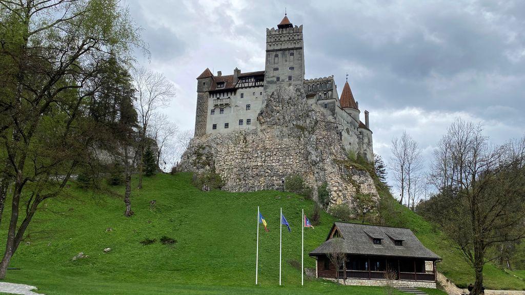 El castillo de Drácula, un centro de vacunación en Rumanía