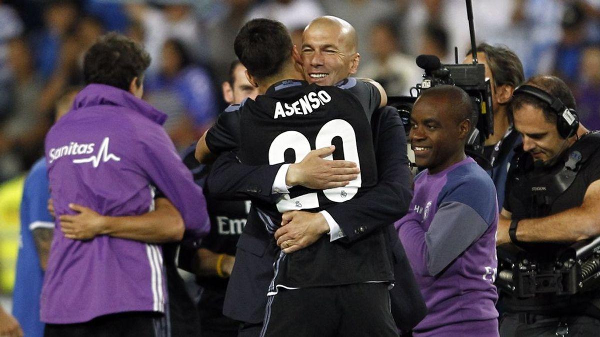 """El vestuario del Madrid presiona para que Zidane siga: """"Queremos que se quede"""""""