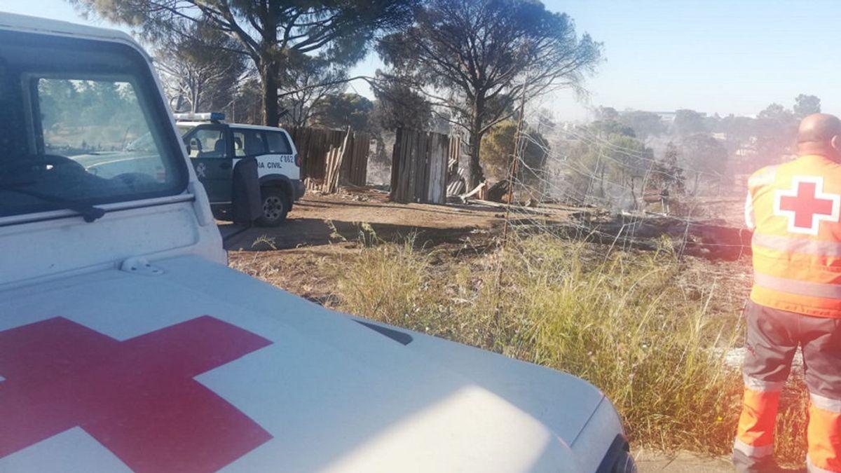 180 personas afectadas por un incendio en un poblado chabolista en Palos de la Frontera