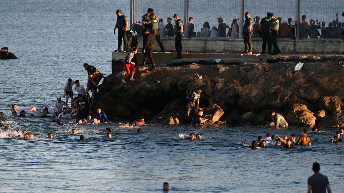 Un hombre muere ahogado cuando intentaba entrar nadando en Ceuta