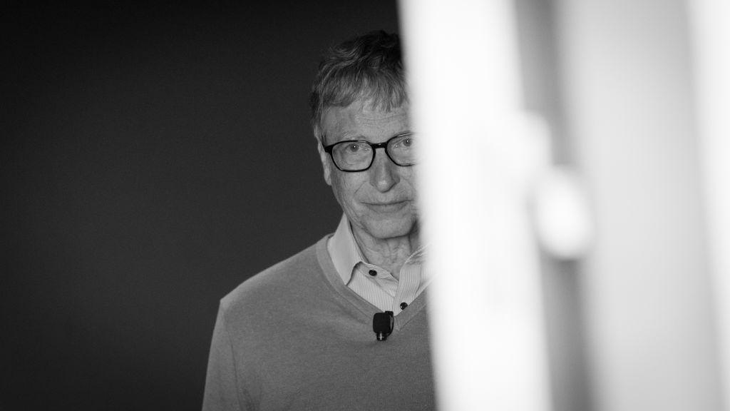 Bill Gates dejó el consejo de Microsoft por una relación extramatrimonial con una empleada