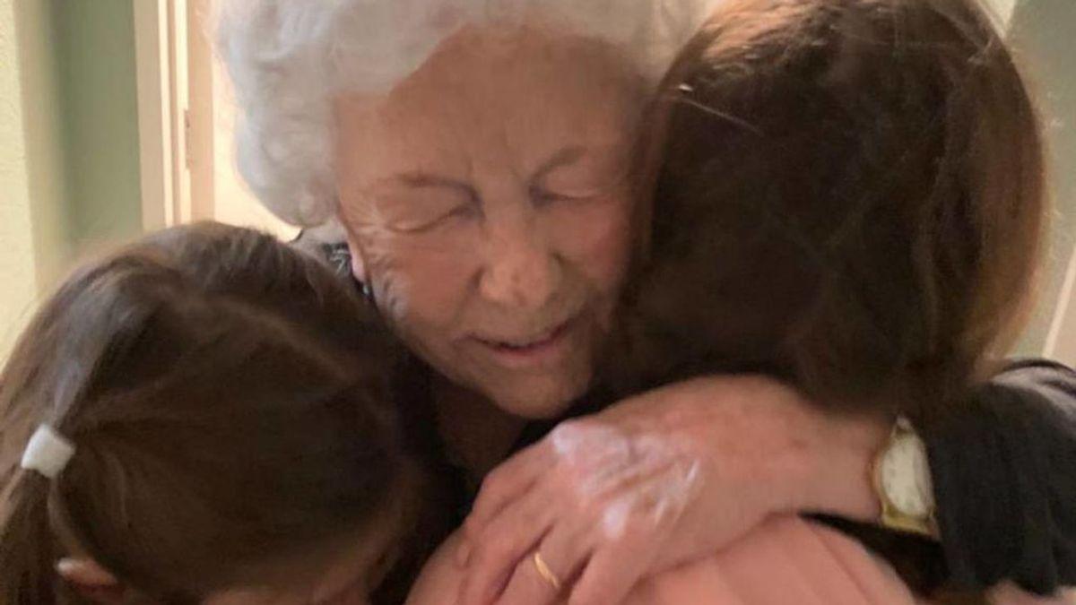 Un viaje de 27.000 kilómetros de Brasil a Nueva Zelanda: el emocionante abrazo de una familia tras dos años y medio sin verse