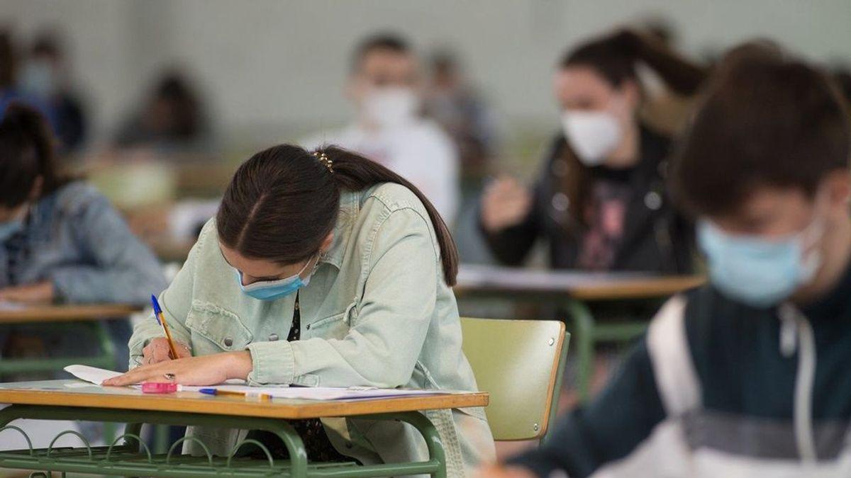 Novedades en la EvAU 2021 para los alumnos trans: podrán utilizar su nombre sentido en los exámenes en algunas universidades