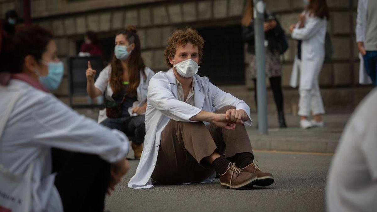 Cómo es el nuevo sistema de elección de plaza para los MIR que ha indignado a los sanitarios