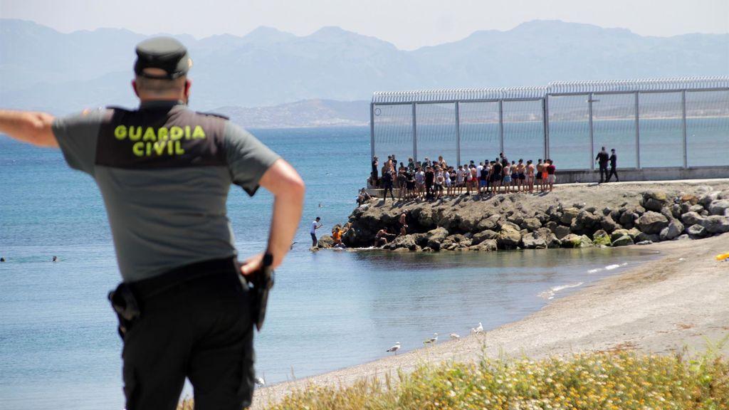 Más de 2.700 marroquíes entran irregularmente en Ceuta