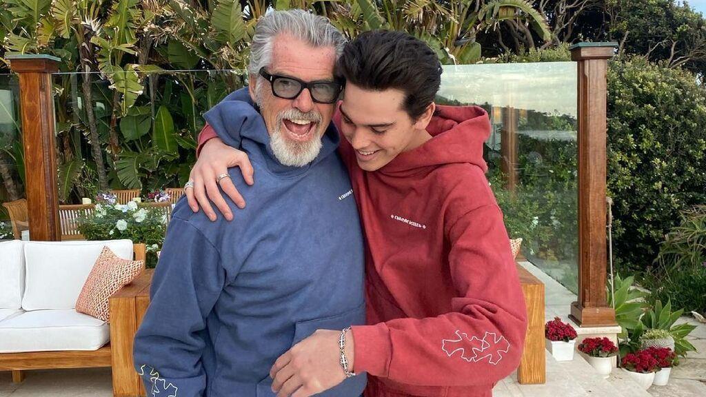 Pierce Brosnan y su hijo o quién dijo que en chándal no se puede tener rollazo
