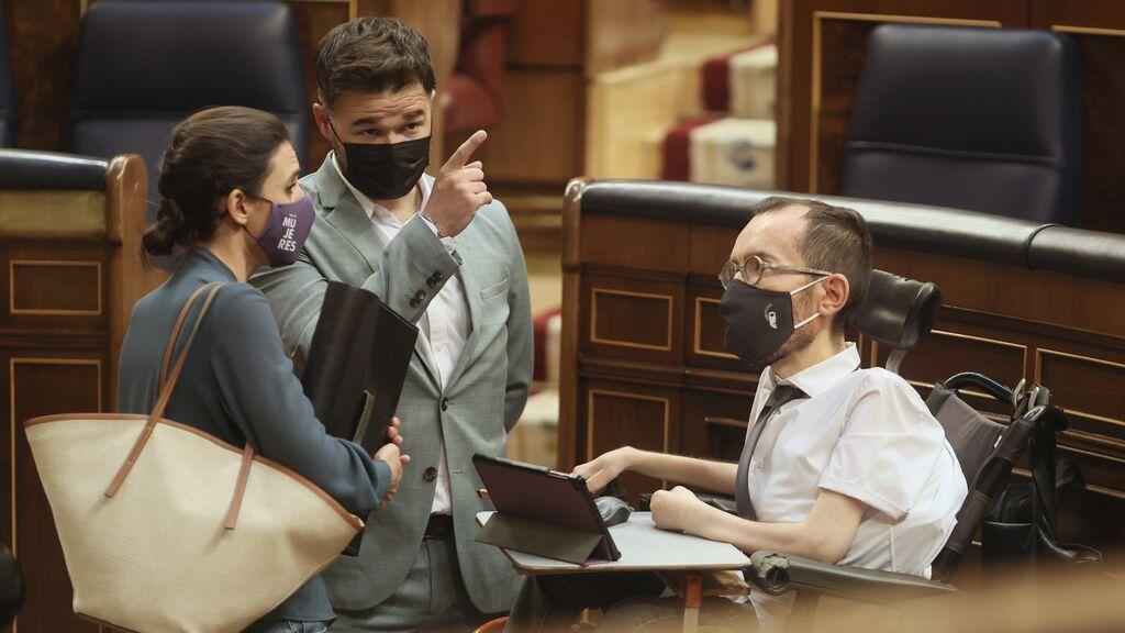 El Congreso tumba la ley trans de que defiende Montero con el PSOE y Podemos enfrentados