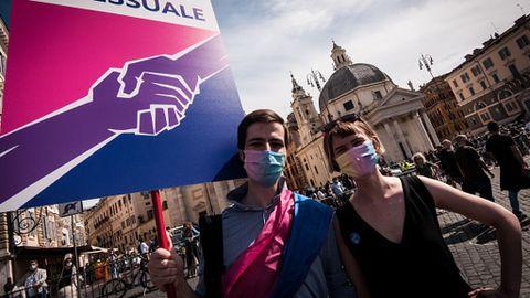 Ley trans en Italia