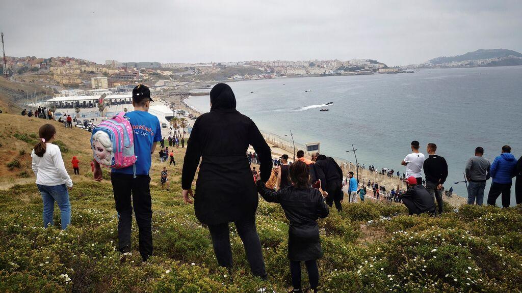 """El presidente de Ceuta suspende la campaña de vacunación: """"El ambiente es de estado de excepción"""""""