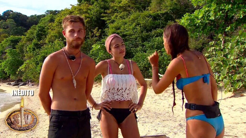 Tom y Sandra, contra Melyssa