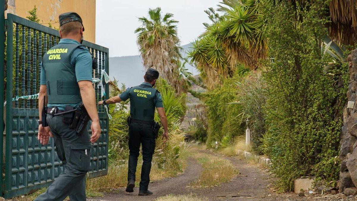 Retoman el  rastreo con perros en casa del padre de las niñas desaparecidas en Tenerife