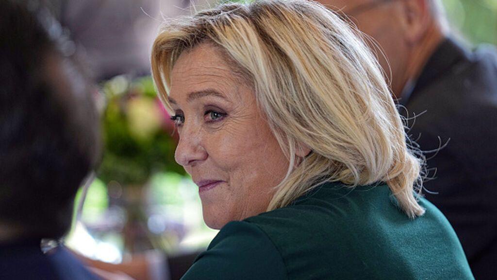Los falsos empleos con fondos europeos ponen a Le Pen contra las cuerdas