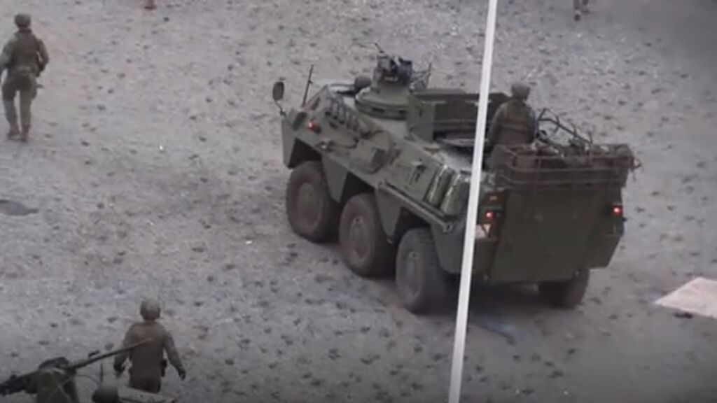 La imagen de tanques en la playa provocan la reaccion de la UE