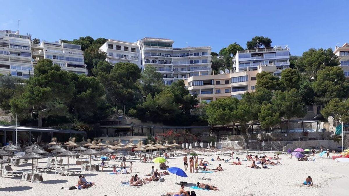 Los turistas españoles vacunados no tendrán que presentar test en Baleares