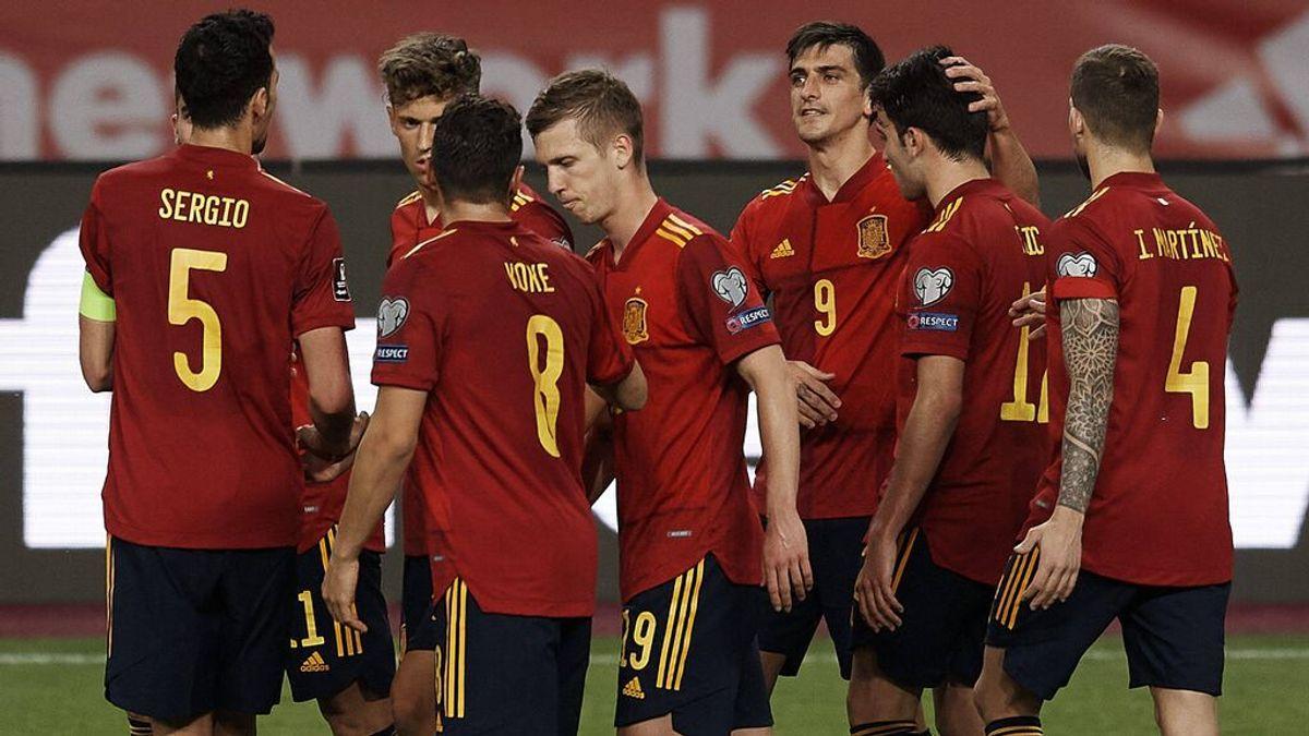 Gerard Moreno celebra un gol con España.