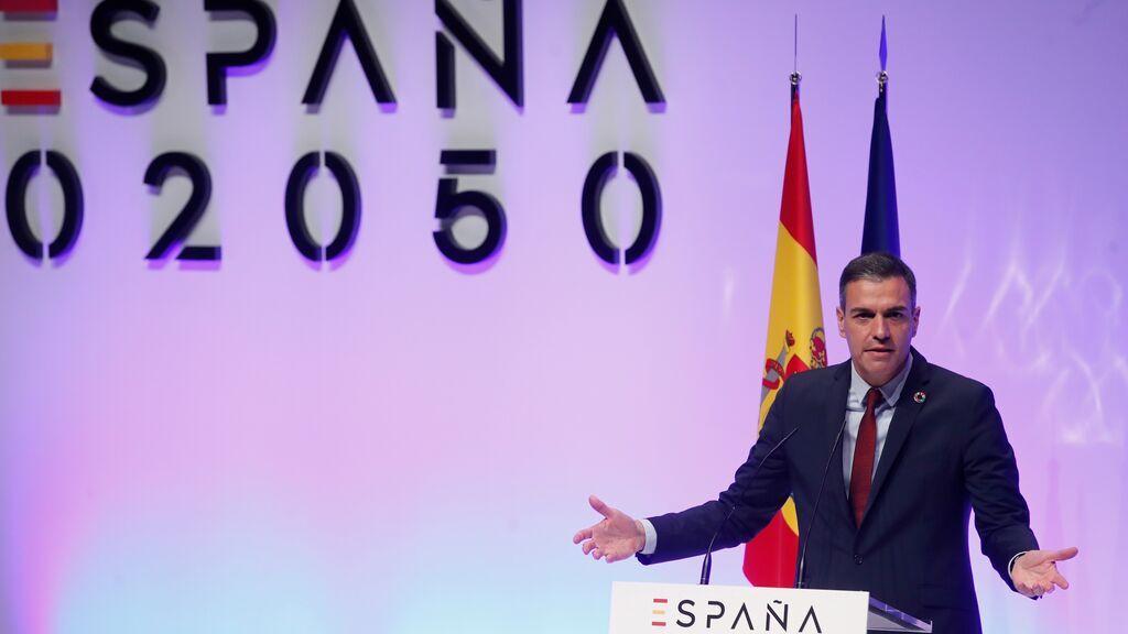 """Sánchez copia a Macron y ofrece """"un gran diálogo nacional"""" para diseñar la España de 2050"""