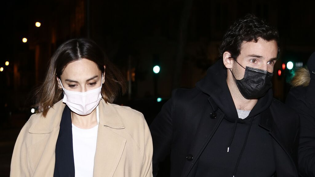 """Tamara Falcó e Íñigo Onieva toman medidas legales tras los rumores de infidelidad: """"Hemos sufrido acoso"""""""