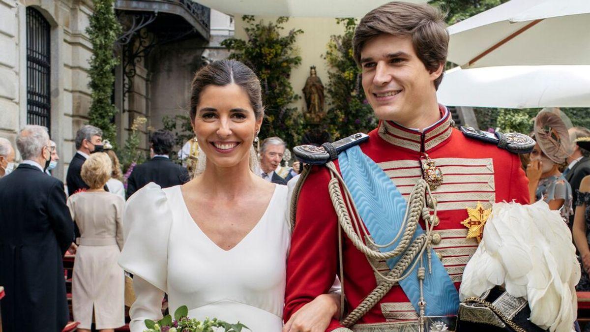 El hijo pequeño del duque de Alba, Carlos Fitz-James Stuart y Belén Corsini se casan en el Palacio de Liria