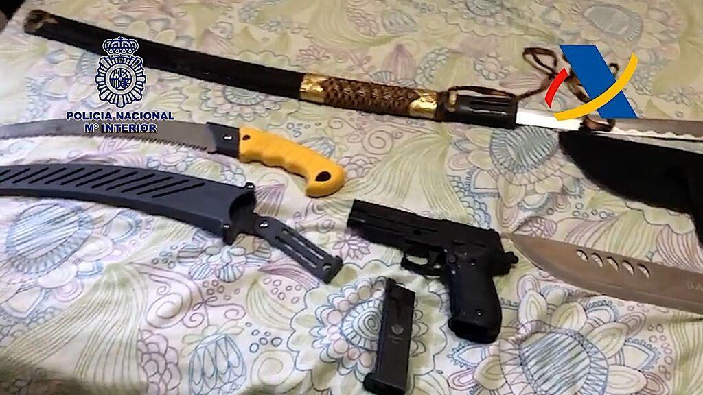 Armas intervenidas en los registros