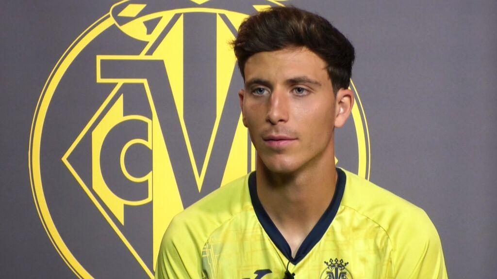Pau Torres, el futbolista que llegó al Villarreal de niño y que recibe ahora su recompensa