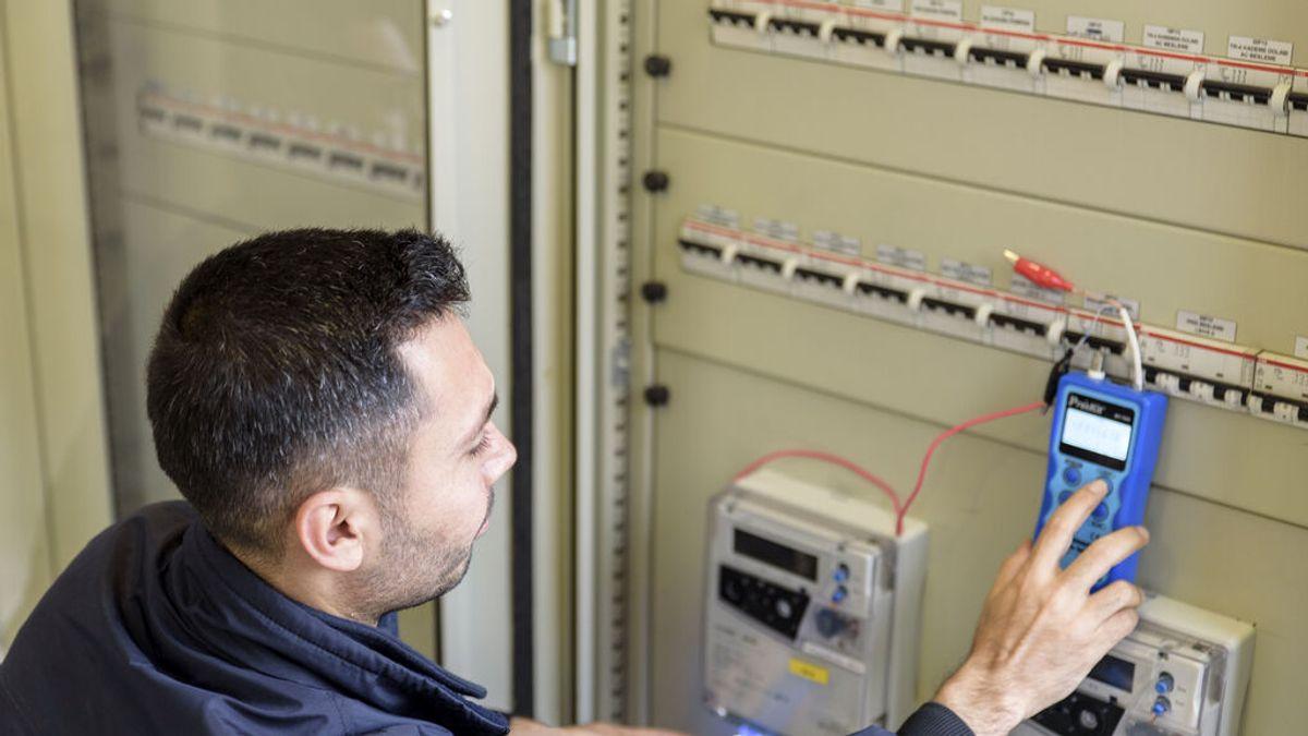 Dos cambios gratuitos de potencia con la nueva factura de la luz