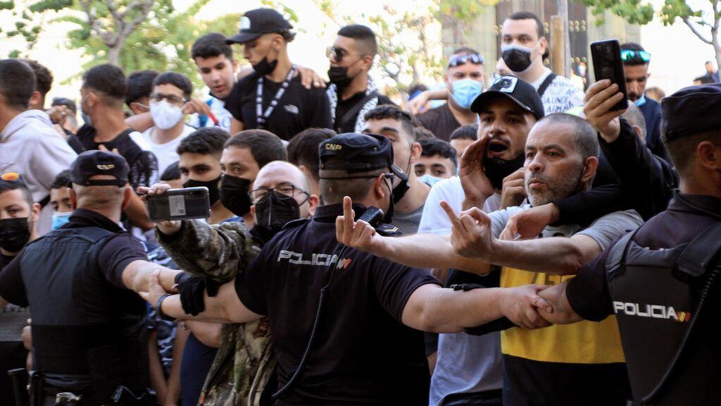 Altercados en Ceuta por la presencia de Santiago Abascal