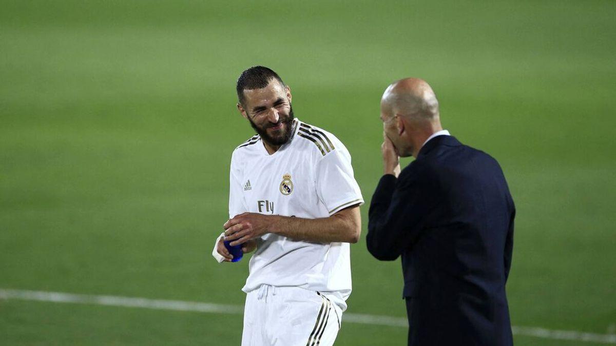 """Benzema tranquiliza al madridismo: """"Zidane no se va a ir, ya verás"""""""