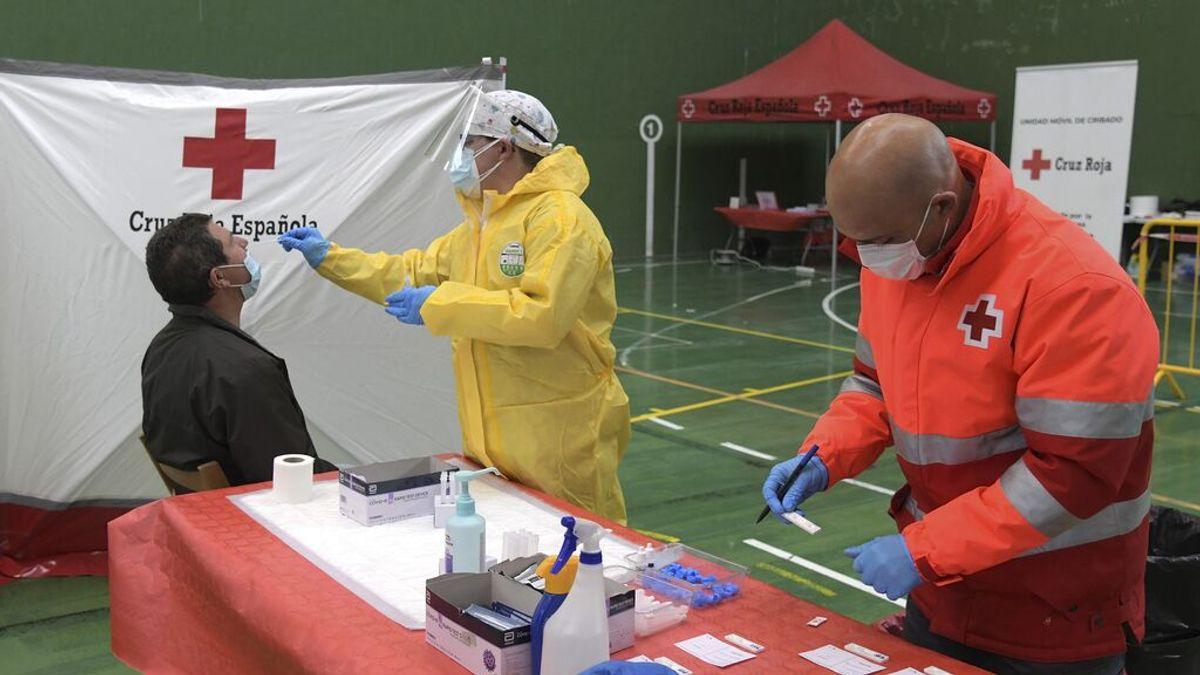 España sigue bajando de hospitalizados por coronavirus