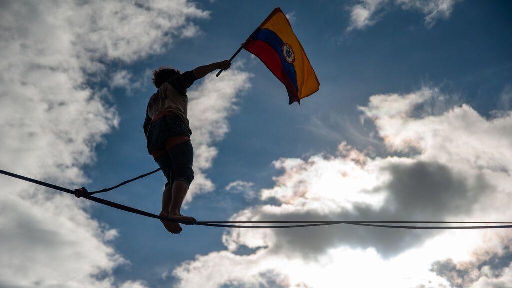 Colombia da el primer paso para avanzar en las negociaciones tras un mes de protestas