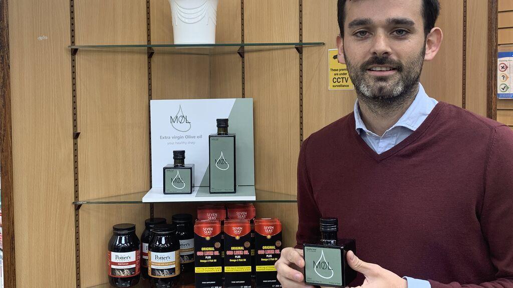 El aceite de Montefrío: de venta en farmacias del Reino Unido a 11 euros el frasco por sus propiedades saludables