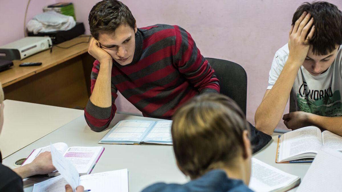Cómo conseguir que los adolescentes se comprometan con sus estudios y no abandonen