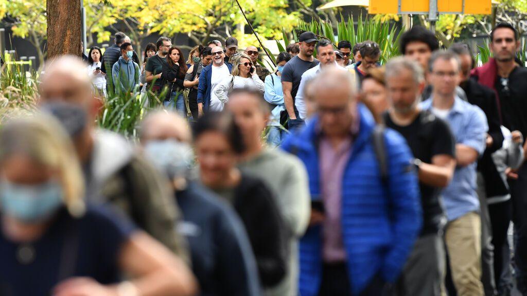 España plantea una vacunación masiva de terceras dosis para 2022 con vacunas de ARN mensajero
